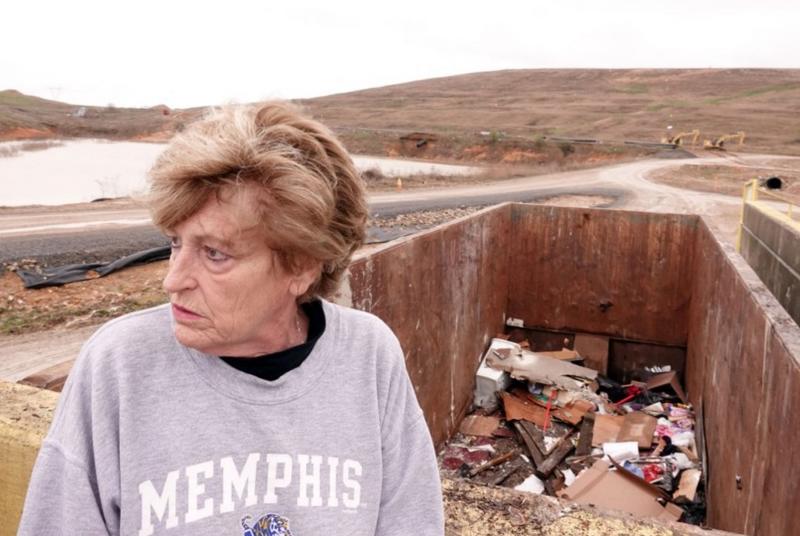 Investigating 'The Mess' : Memo jogs ex-cop's memory